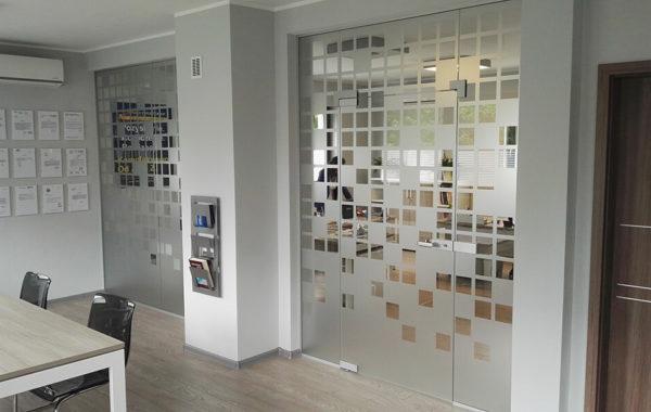 drzwi szklane formowe
