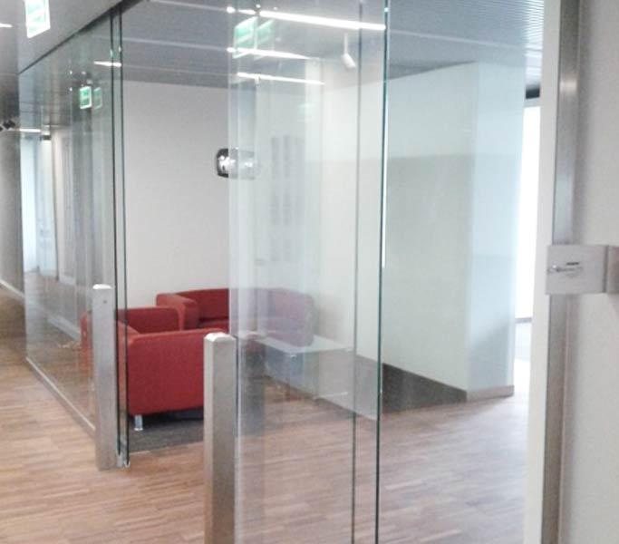 drzwi przesuwane szklane