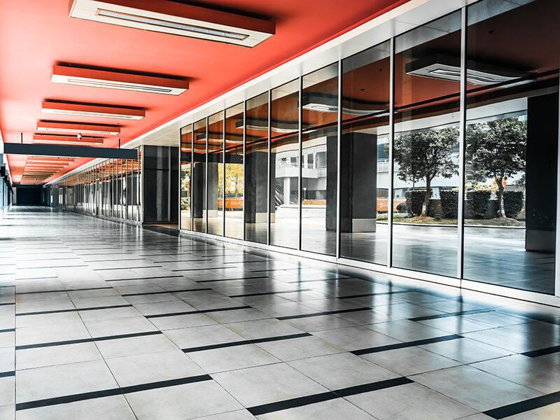 Ścianki szklane w pomieszczeniach